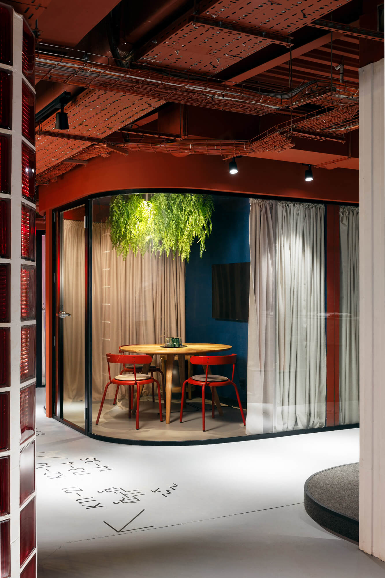 Why invest in greening your office 13 2