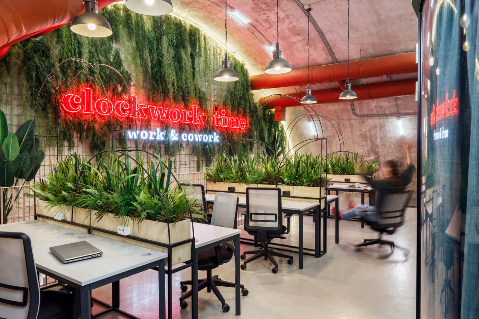 Why invest in greening your office 1