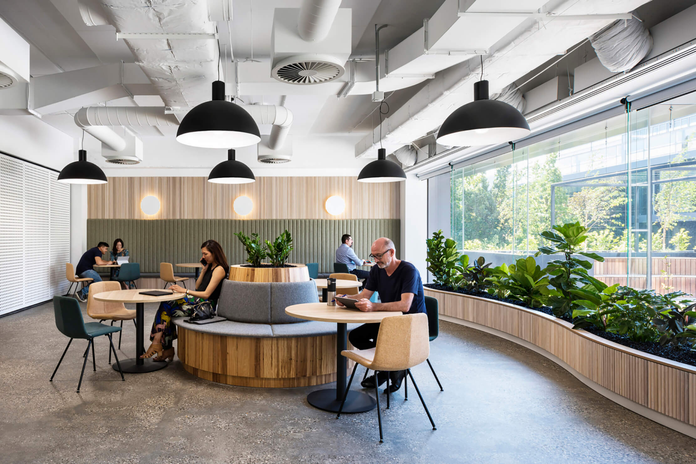 Biophilic design in office spaces 8