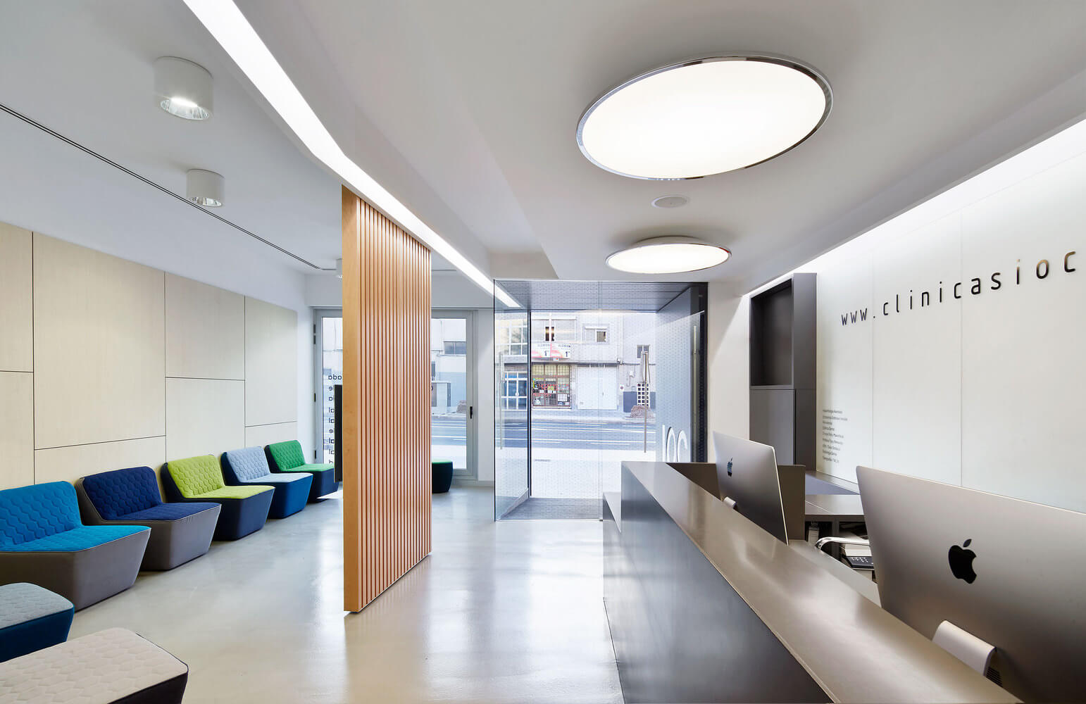 Interior Design dental clinic 11