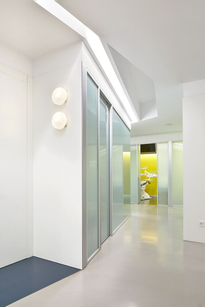 Interior Design dental clinic 9