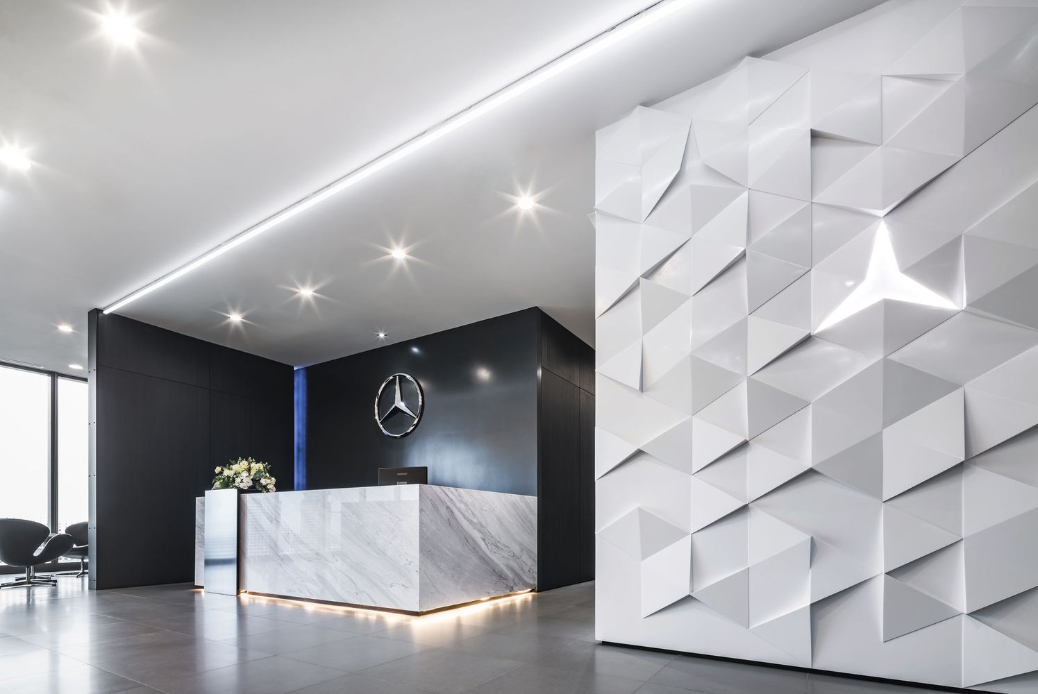 How to reveal the uniqueness of the brand in the interior