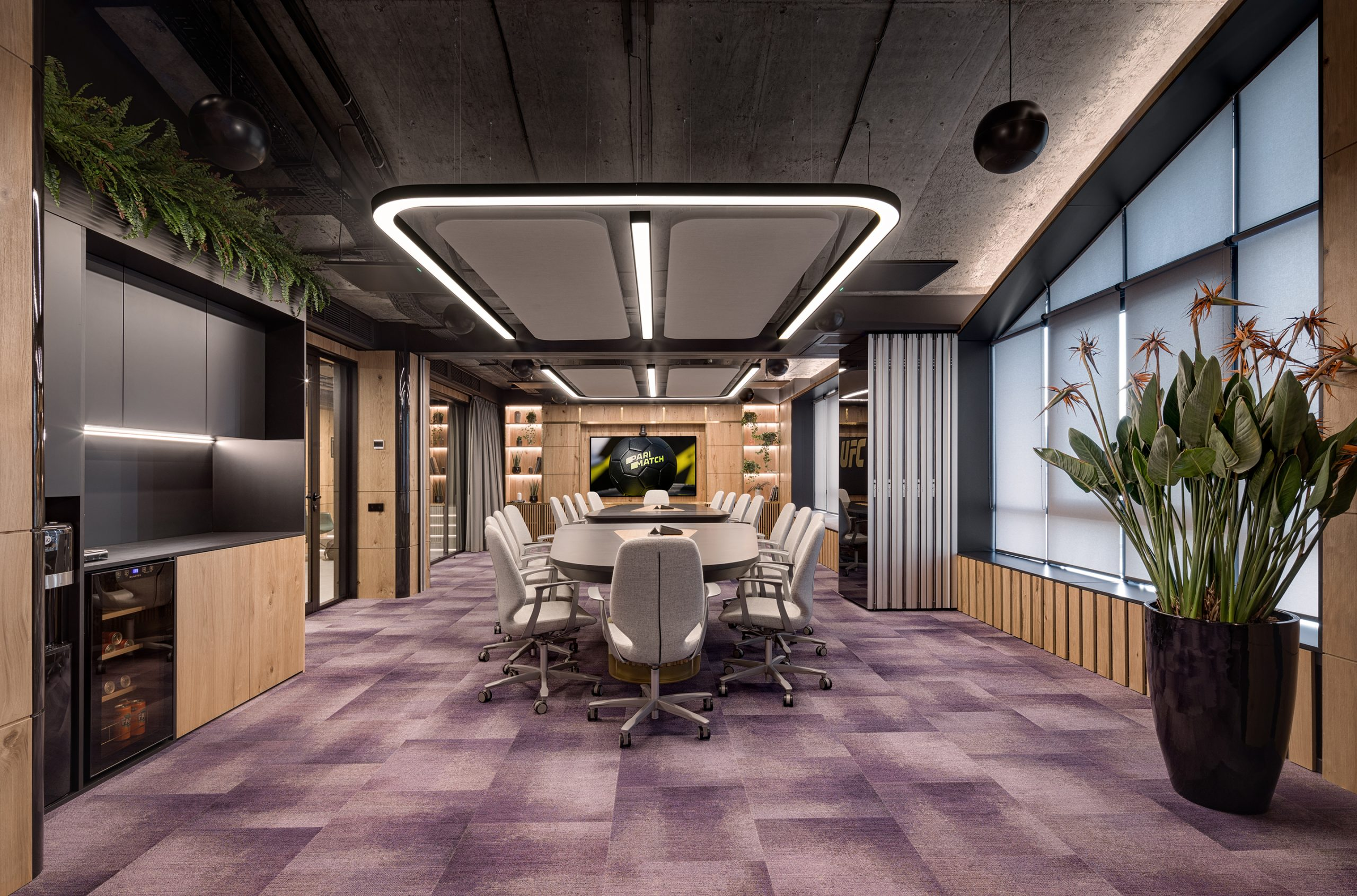 Meeting spaces that every office space should have 7